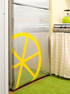 Цитрусовое преображение маленькой кухни